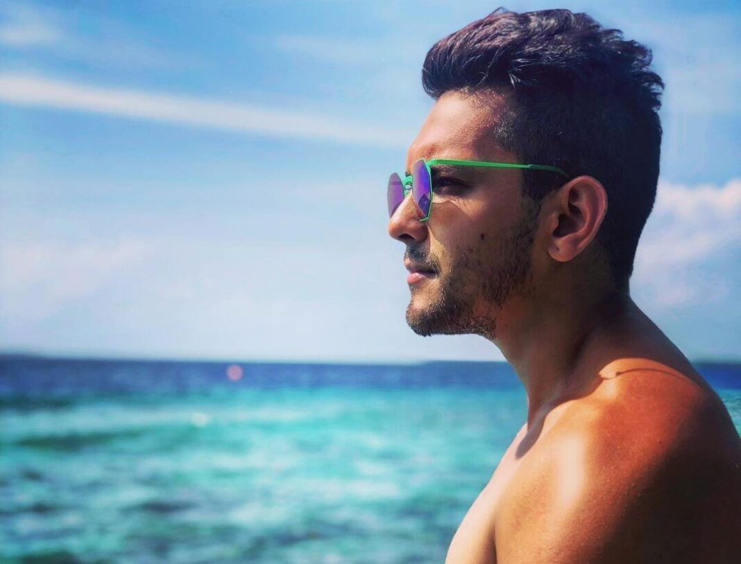 Aditya Narayan bankrupt before marriage, know what is the matter!