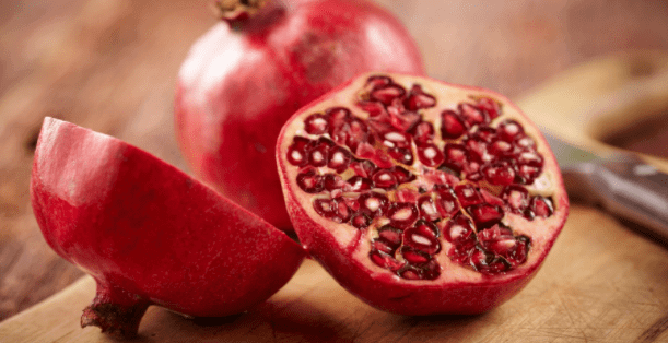 Along with removing blood loss, immunity has to increase, so eat pomegranate daily from today